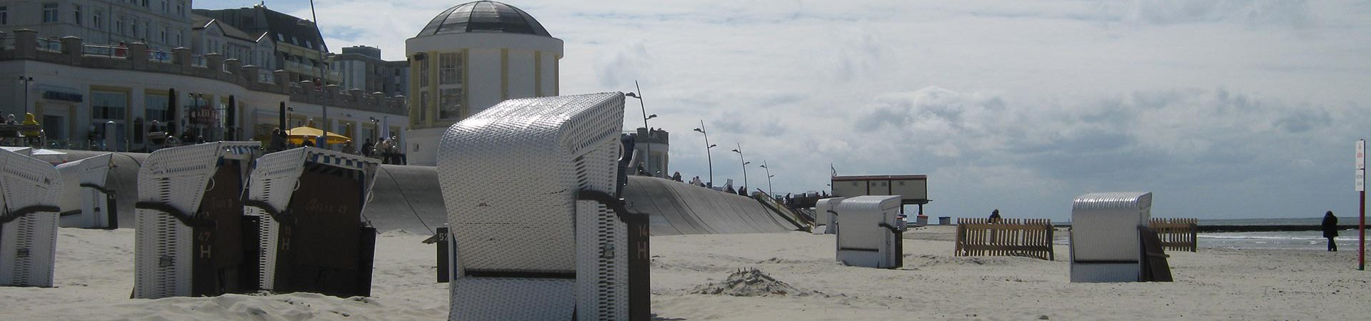 Strand op Borkum - Waddenribtochten - Borkum Boulevard